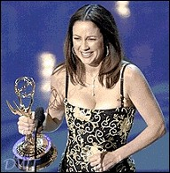 Patricia Heaton accepts her Emmy